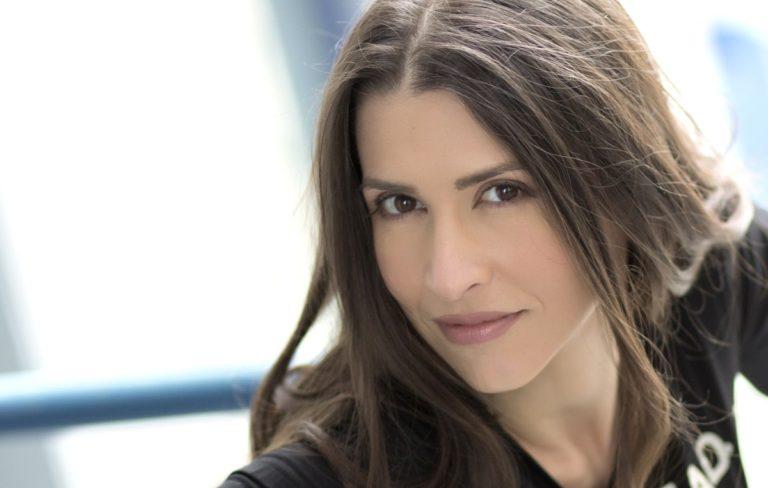 Συνέντευξη : H Ελεάννα Ζεγκίνογλου μιλάει στις www.mousikesebeeries.gr